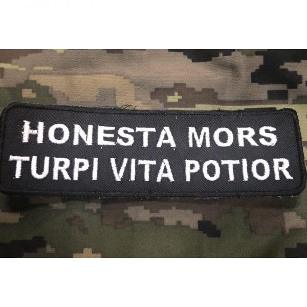 Nametape HONESTA MORS...